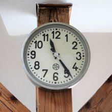 Nástěnné hodiny Chronotechna