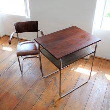 funkcionalistický stolek s odkládací plochou