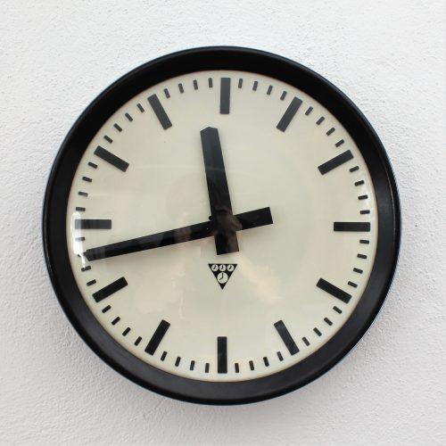 Nástěnné hodiny  Pragotron III.