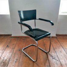 Trubková židle od firmy Mora