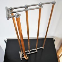 functionalist coat / hanger