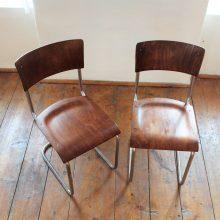 2 ks trubkových chromovaných židlí bez područek