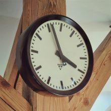 Pragotron Clock V.