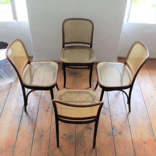 pár židlí Drevounia