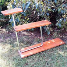 before and after – Functionalist flower stand