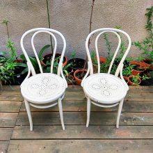 2 ks ohýbaných židlí no 18