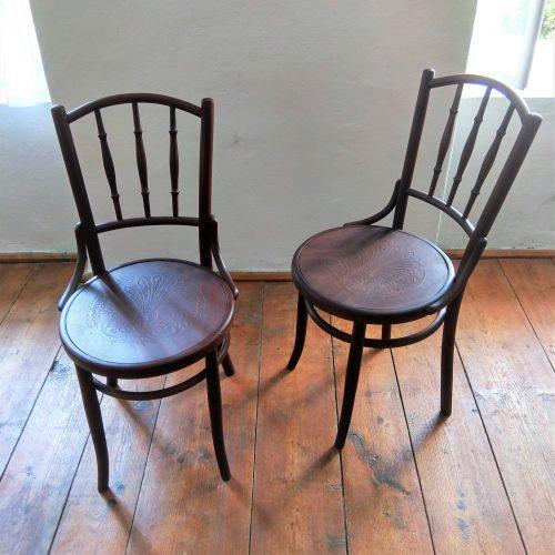 2 ks originálních židlí Fischel
