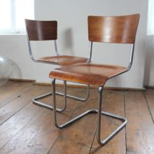 2 ks trubkových funkcionalistických židlí